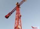 Übung der Absturzsicherung auf einer Baustelle im Heidfeld._10